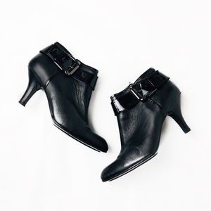Sofft leather buckle detail heeled boot/ bootie